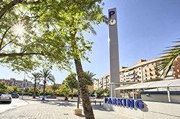 Acera del parking Hospital Alicante